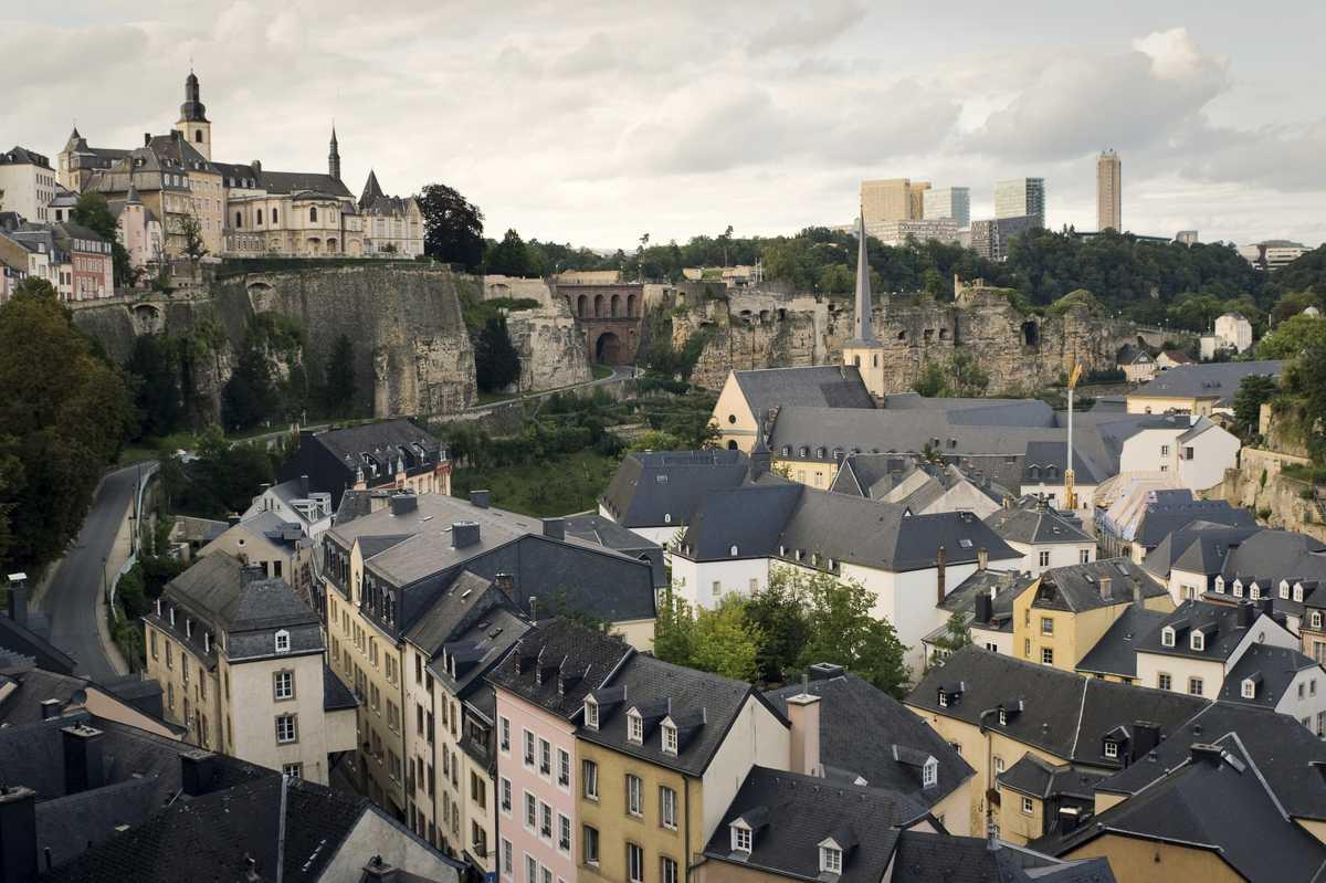 Vue sur les toits du grund luxembourg