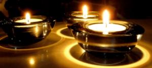 Petites bougies photophore pour créer une ambiance chaleureuse
