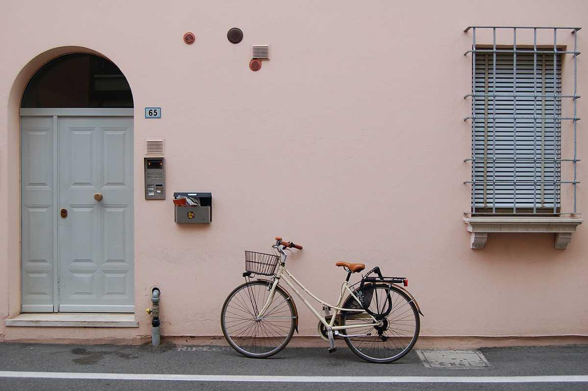 Parking à vélo dans une maison