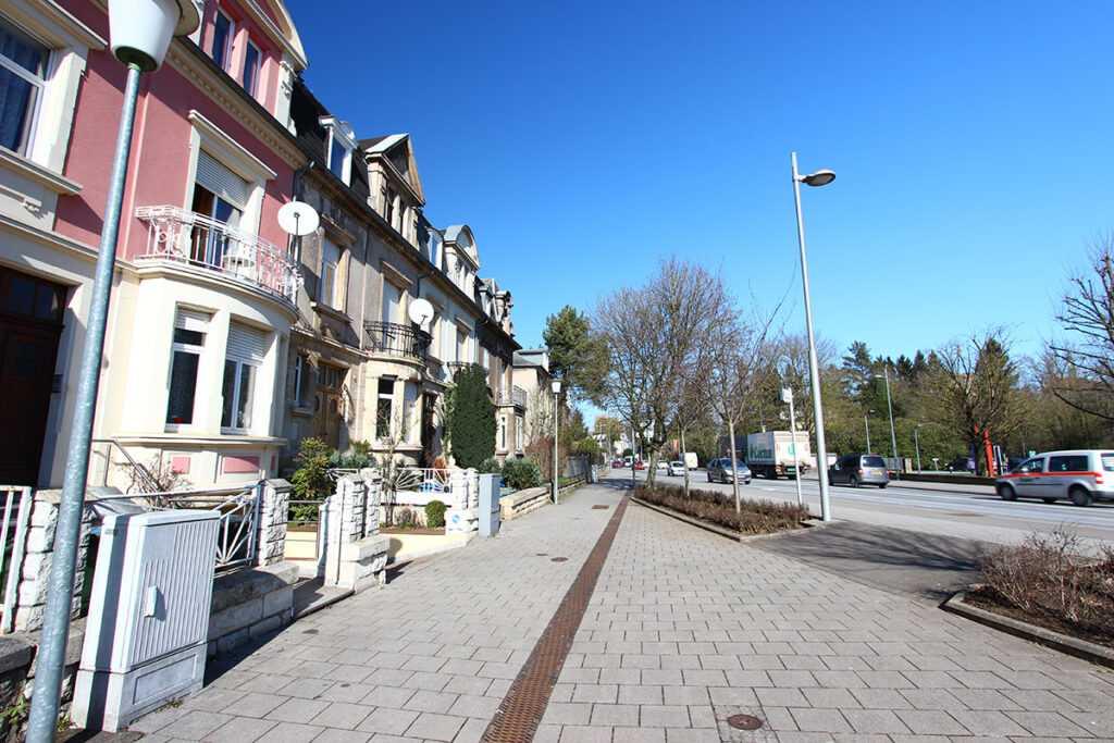 Maisons à Escch -sur-Aluzette